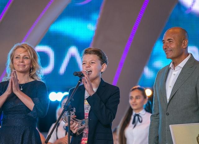 Детская Новая волна Артек 2016 Наталья Третьяк и Игорь Крутой