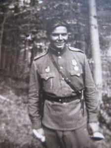 Кярккяйнен Александр Александрович в Австрии (апрель 1945)