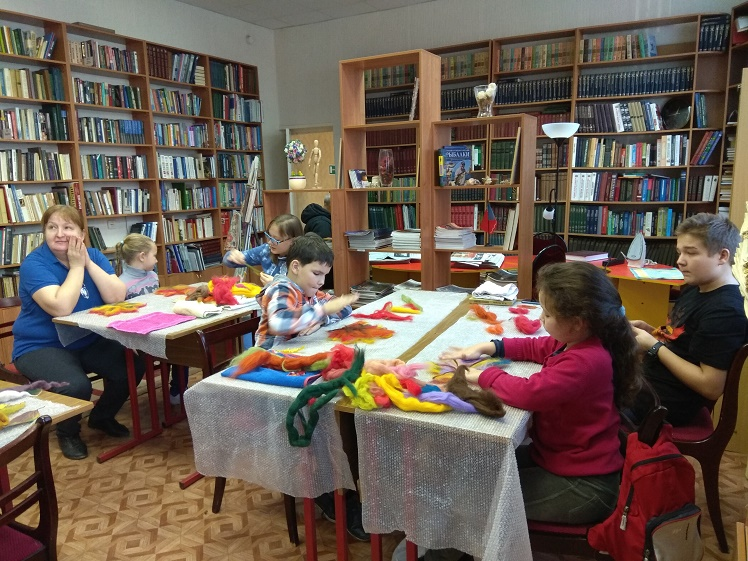 Проект Три Э Осенние листья в Центральной библиотеке_1